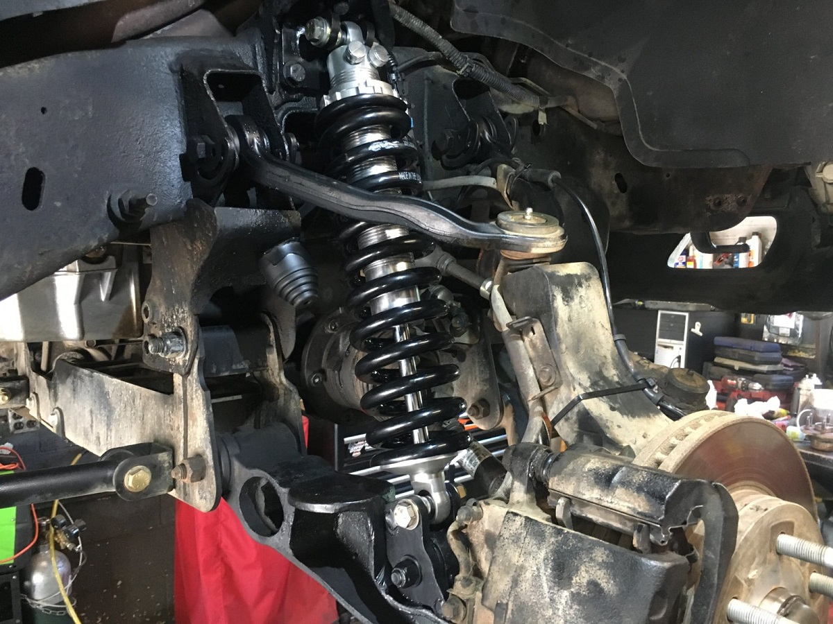 GM Torsion Bar to Coilover Brackets for Lifted Trucks ...